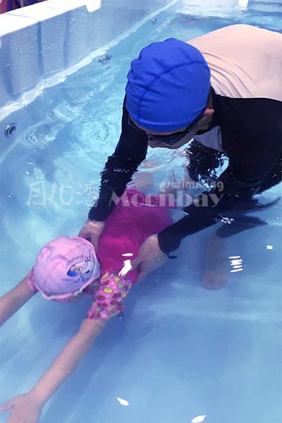 嬰兒游泳館加盟