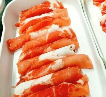 中央红烤肉涮肉自助加盟