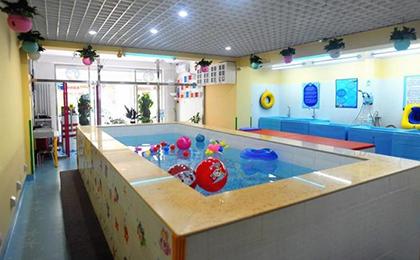 婴乐士婴幼儿游泳馆加盟店面