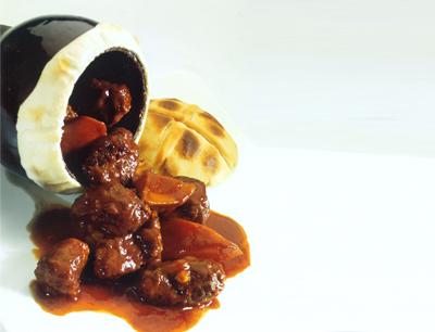 成桂西餐厅加盟 瓦罐牛肉
