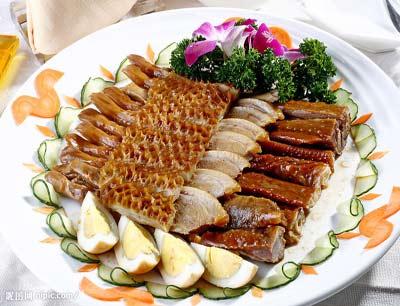 申大嘴瓦缸烤鱼加盟 2