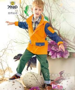 特步儿童鞋服加盟 图