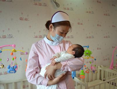 雅月汇月子会所加盟 宝宝护理
