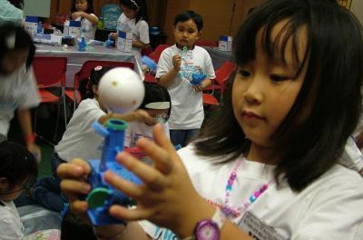 博识少儿科学教育加盟 博识少儿科学实践课程