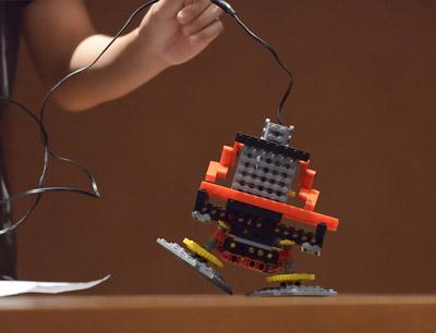 修曼机器人教室加盟 潜能教育