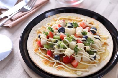 蜜萨奇披萨加盟 四季鲜果薄饼