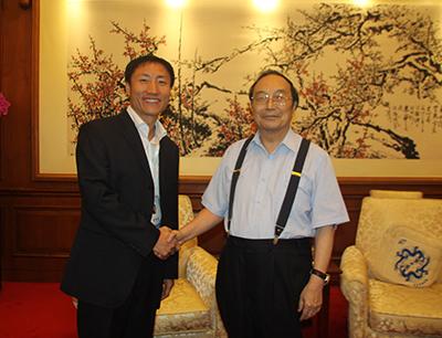 中宫格五天练字加盟 中宫格创始人与全国人大副委员长