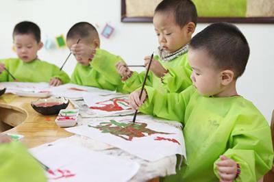 北大青鸟幼儿园加盟 国画