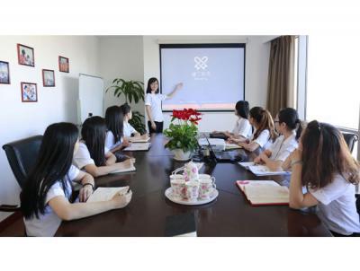 睿丁英语加盟 总部会议