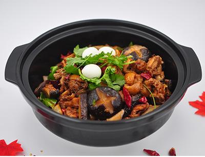 巴国鸡煲香辣虾加盟 香菇香辣鸡煲