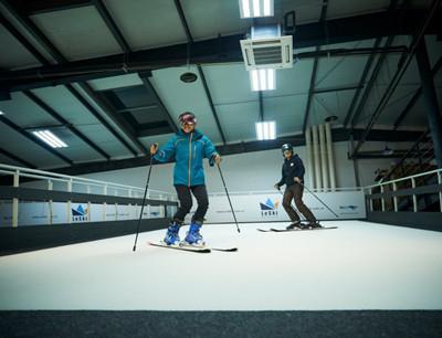 雪乐山室内滑雪加盟 雪乐山滑雪培训连锁机构