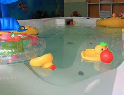 乐尔婴幼儿游泳馆加盟 乐尔婴幼儿游泳馆加盟