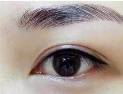 水仙学院加盟 眼睛