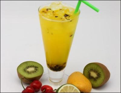 逸果果汁吧