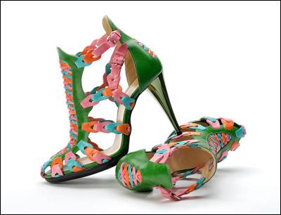 英吉丽男女鞋