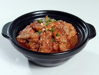 巴国鸡煲香辣馆