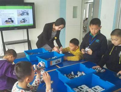 瑞科机器人教育