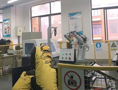 金石兴机器人培训