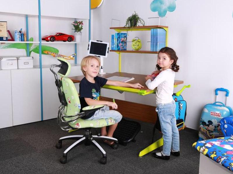 学习星儿童学习桌加盟 1
