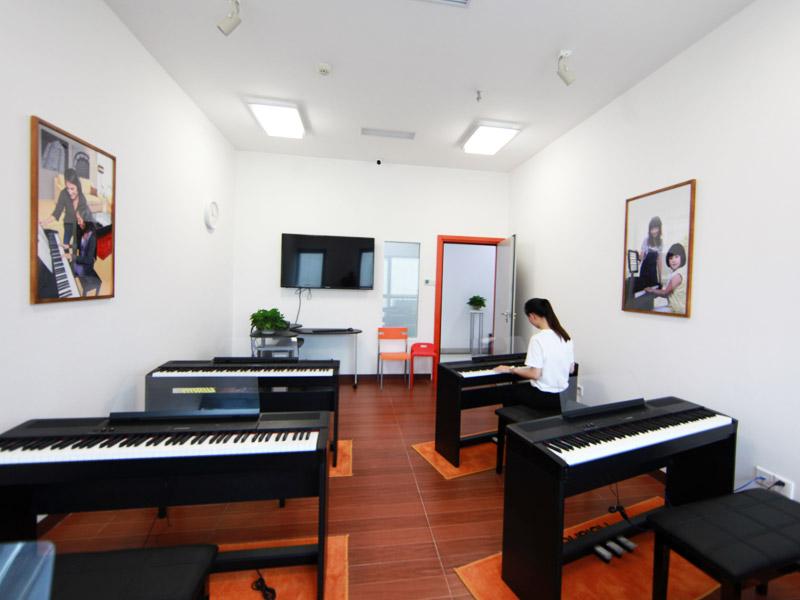 罗兰数字音乐教育加盟 1