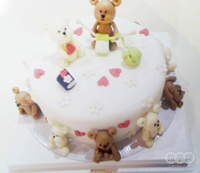 右左翻糖蛋糕