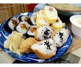 阿婆韩国寿司加盟