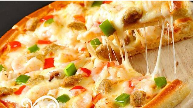 阳光披萨加盟