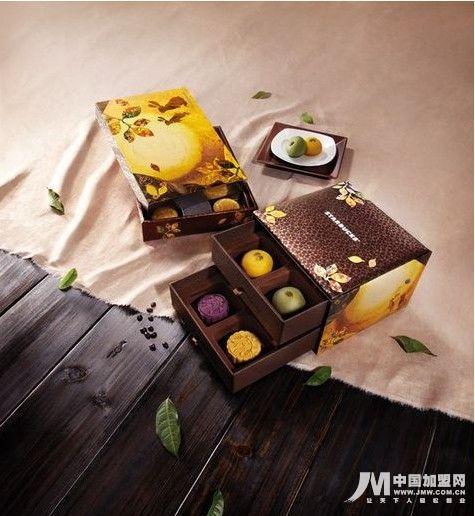 """星巴克""""星悦""""月饼礼盒系列启动全国预售图片"""