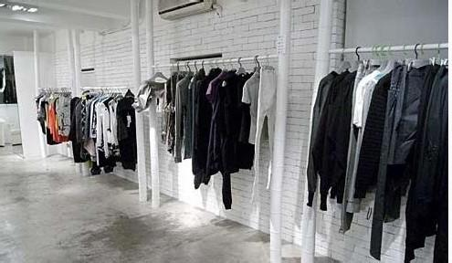 儿童服装加盟店如何经营吸引顾客
