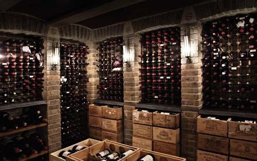 开葡萄酒加盟店提高销量的技巧