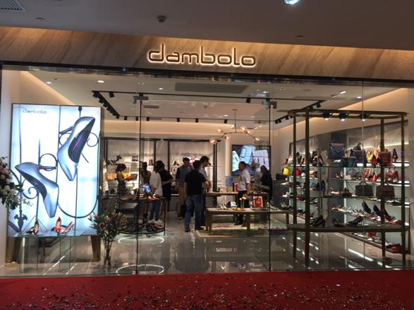丹比奴时尚女鞋:最受消费者关注的品牌之一