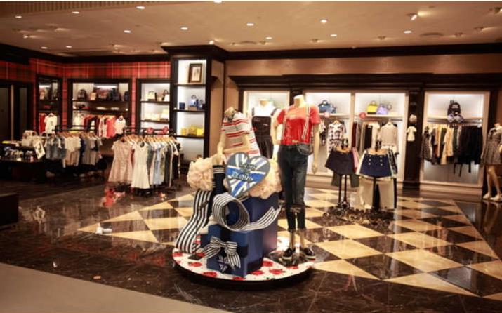特色服装加盟店应该如何来经营?加盟