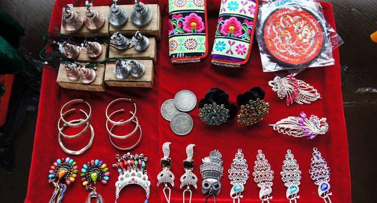 民族饰品连锁店的涨收入讲解