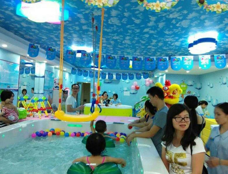 婴儿游泳馆加盟店盈利快的经营技巧