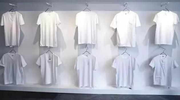 服装加盟| 一家只卖白T恤的服装店加盟