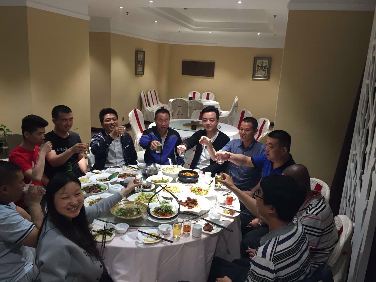 热烈祝贺陕西铜川的陈总加盟美洲豹汽车养护品牌