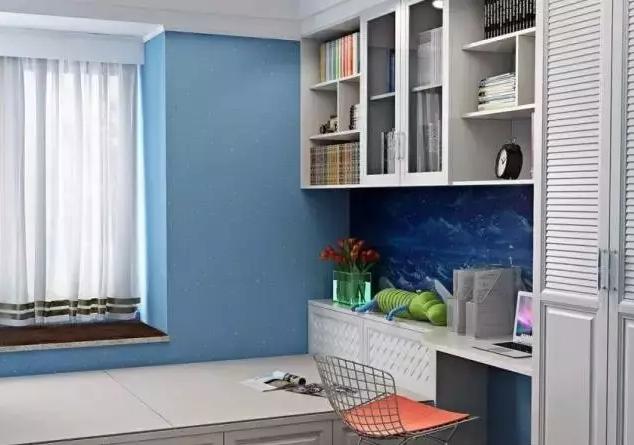 小户型的最佳设计方案:榻榻米+书桌!