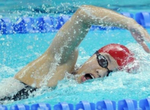 潜能教育|空腹游泳的坏处