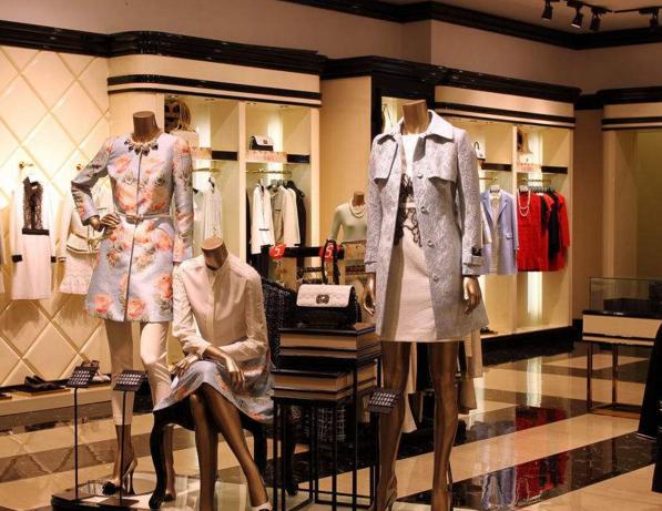 开一家服装加盟店必须要知道的经营技巧加盟