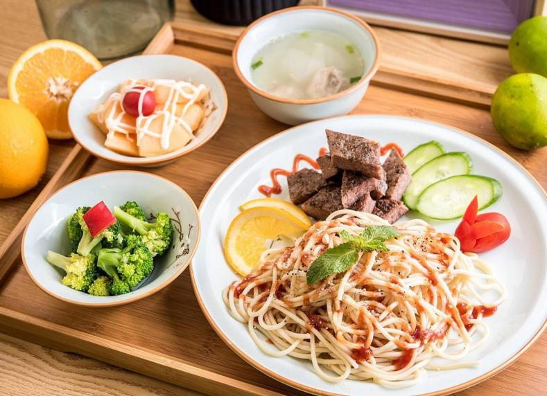 开一家快餐加盟店想要留住顾客的办法你知道了吗?