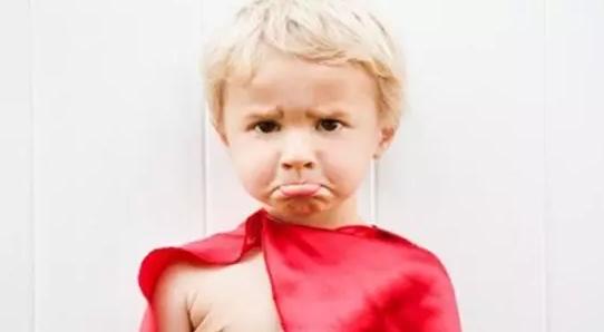 金色摇篮:面对孩子一生的3个叛逆期,家长该怎么做?