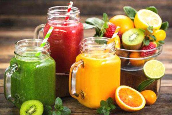 鲜榨果汁店加盟_开一家鲜榨果汁店,鲜榨果汁加盟排行